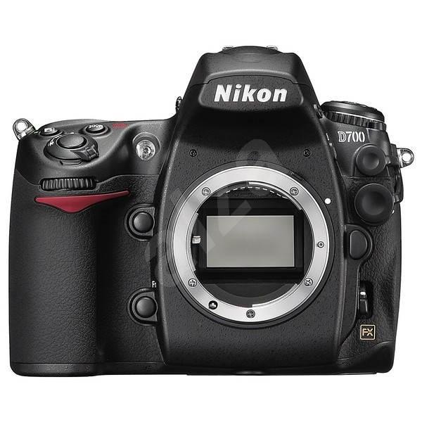 Nikon D700 - Digitální zrcadlovka