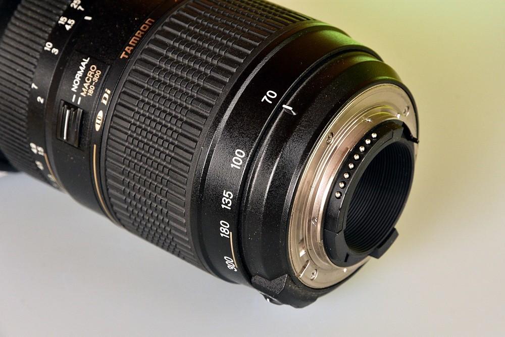 Teleobjektiv Tamron AF 70-300mm f/4-5,6 Di LD Macro