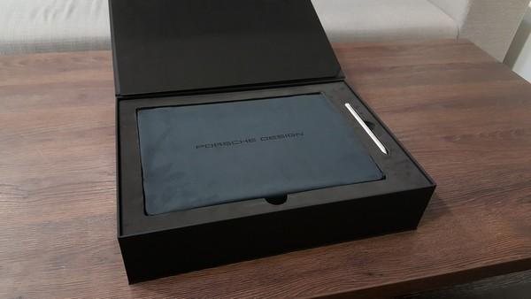 Porsche Design BOOK One ultrabook 2v1